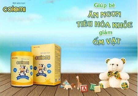 review-sua-non-colomi-dang-bot-cho-tre-om-vat-bieng-an-cham-lon-tao-bon-co-tot-khong-0